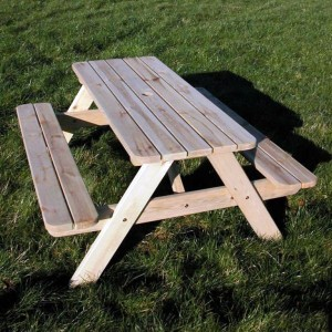 Pine Picnic Table