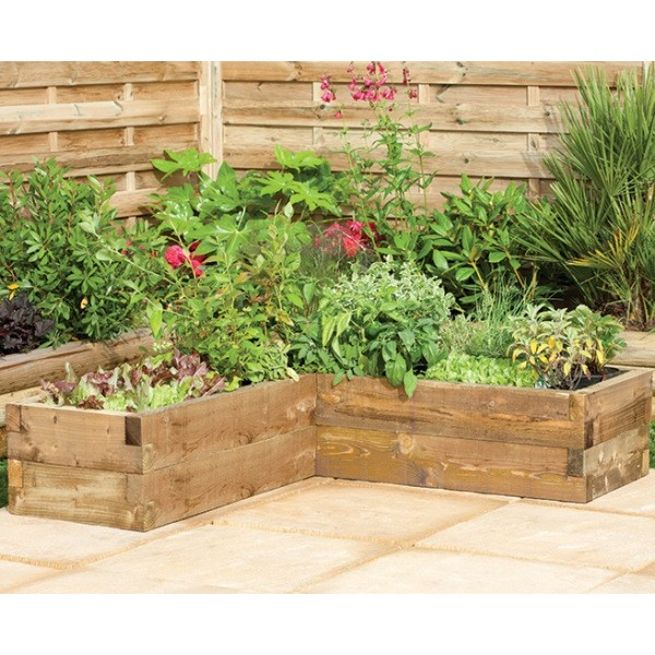 Caledonian Corner Raised Bed
