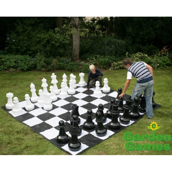 Giant Garden Chess