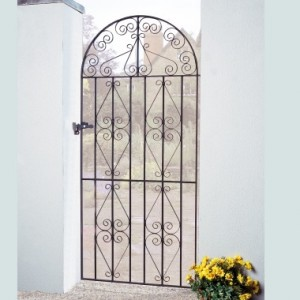 Made to Measure Stirling Bow Top Gate