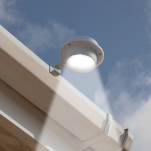 Solar Gutter Lights (2)