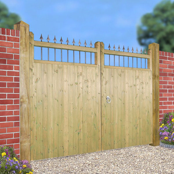 Made to Measure Hampton Estate Gate