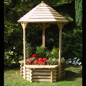 Large Wishing Well Planter
