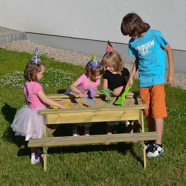 Marta Sandpit Table