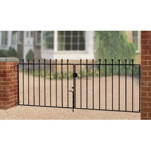 Made to Measure Manor Flat Top Double Gate