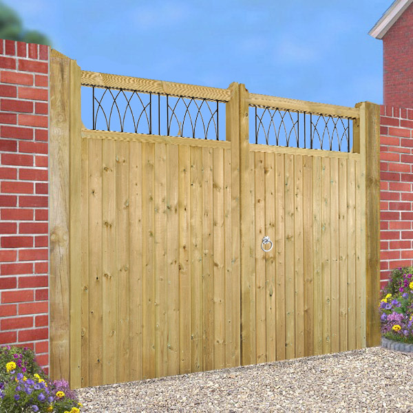 Made to Measure Windsor Estate Gate