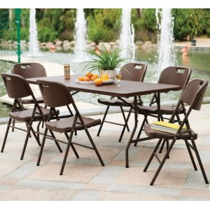 6 Seater Resin Table and Chairs Set