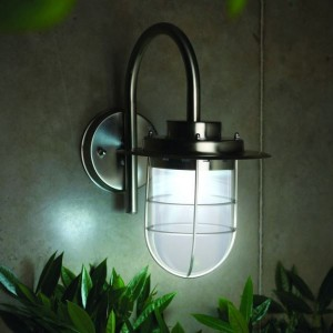Elton Solar Wall Light